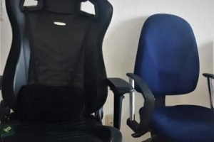 Pleasing Gaming Chair Vs Office Chair The Pros And Cons Gaming Chairz Andrewgaddart Wooden Chair Designs For Living Room Andrewgaddartcom