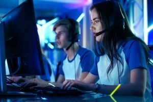 gamers playing esports games