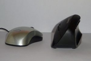 Ergonomic Mouse vs Regular Mouse