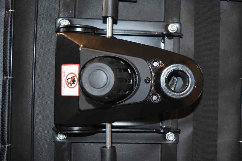 height control tilt mechanism
